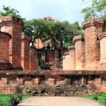 Columns by the Cham civilization. Nha Trang, Vietnam — Stock Photo