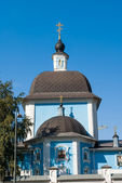 Temple on the blue sky in Belgorod — Stock Photo
