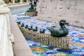 Escultura de pato y los patitos en moscú — Foto de Stock