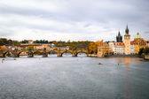 View on Charles Bridge and Vltava river in Prague — Stock Photo