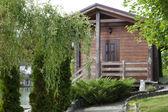 деревянный коттедж — Стоковое фото