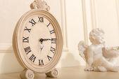 Old mantel clock — Stock Photo