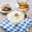 Cottage cheese with honey — Stock Photo