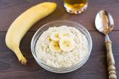 Oat porridge with banana — Stock Photo