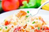 Fettuccine with tomato — Stockfoto