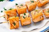 Salmon skewers — Stock Photo