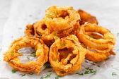 Oignon frit croustillant fait maison — Photo