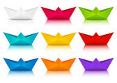 Set of color paper boats — Stock Vector
