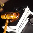 Stockfoto: Handcuffs, Legal gavel