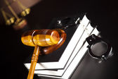 Handcuffs, Legal gavel — Stock Photo