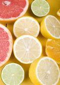 Grapefruit slice on white background — Stock Photo