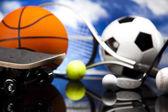 スポーツ装置とボール — ストック写真