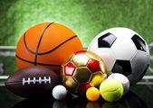 Attrezzature sportive e palle — Foto Stock