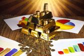 Pyramid, Gold Bars — Stock Photo