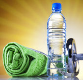 Bottle water and Fitness — Stockfoto