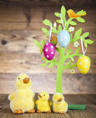 Easter decorative tree, chicks — Stock Photo