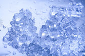 Ice and ice cubes — Stock Photo