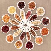 Obst- und Nuss-Auswahl — Stockfoto