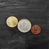 Moneta su sfondo nero — Foto Stock