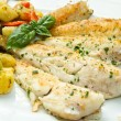 Fish fillet with vegetables — Stock Photo #26592855