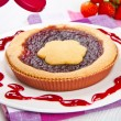 Tart with strawberry jam — Stock Photo