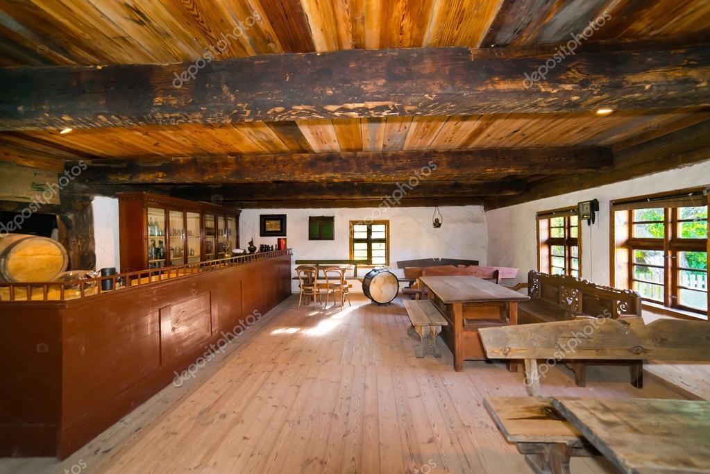 L 39 int rieur de la vieille maison de campagne en pologne for Interieur maison campagne