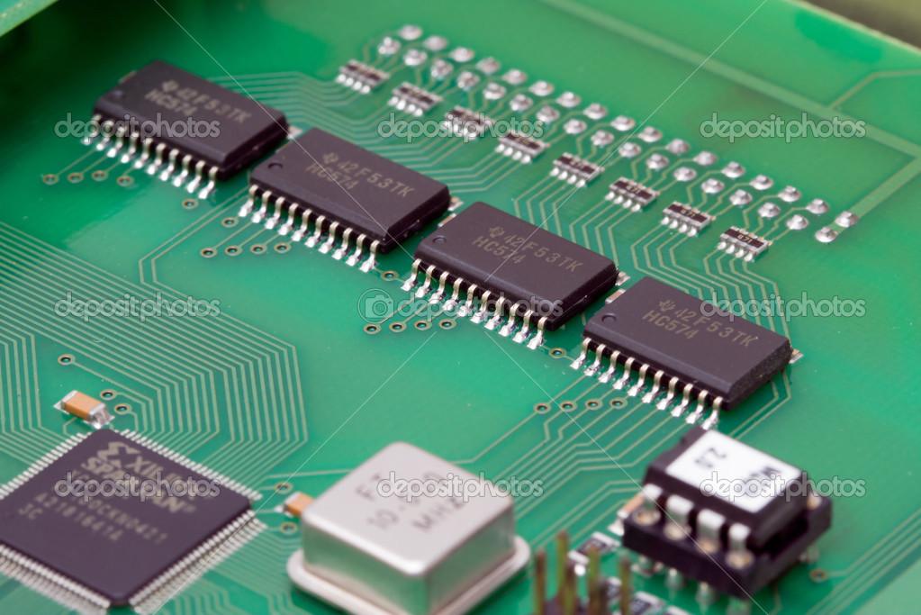 电子印刷电路板的电器元件的细节