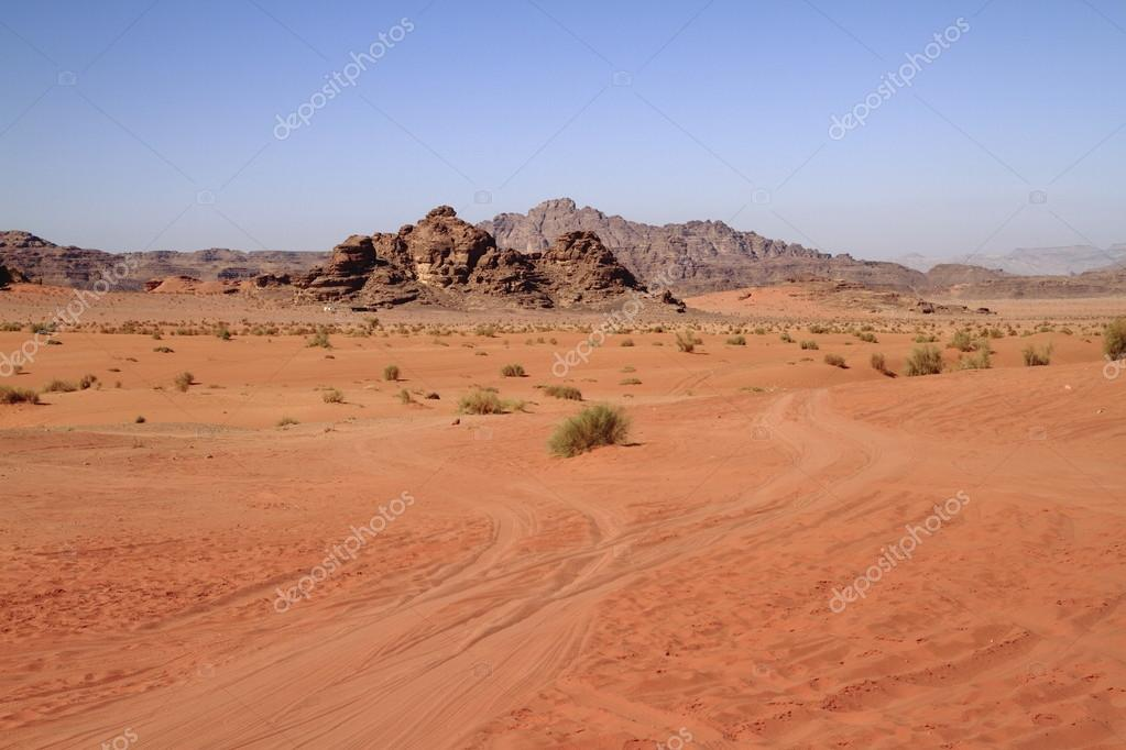 The Wadi Rum is the largest wadi in Jordan. — Stock Photo #13118411