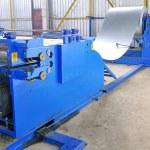 machine voor het rollen van stalen blad in wareh — Stockfoto #2179192