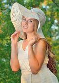 Hermosa chica modelo adolescente — Foto de Stock