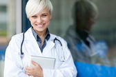 Attractive Female doctor — Stock Photo