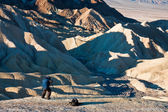 Photographer at Death Valley Badlands — Stock Photo