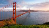 панорама на закате мост золотые ворота — Стоковое фото