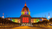 San Francisco City Hall in Rainbow Colors — Stock Photo