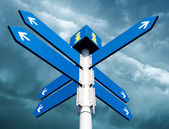 Blank directional road signs — Stock Photo