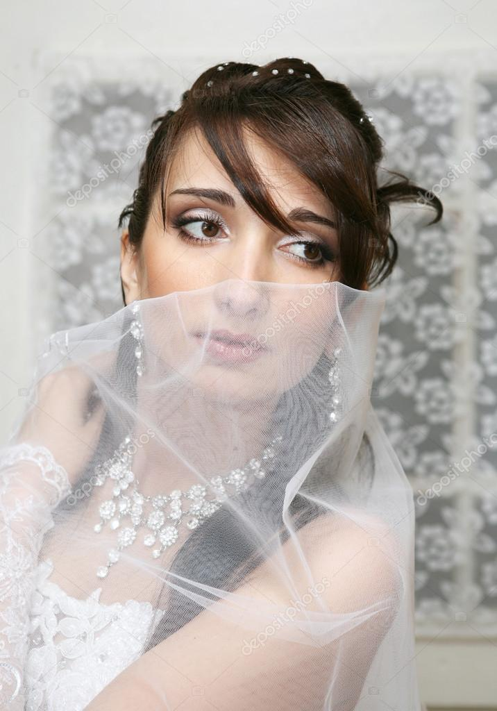 Wedding portrait of the bride  — Stock Photo #14156622
