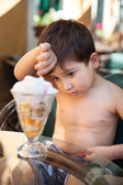 Little boy eating ice cream — Stock Photo