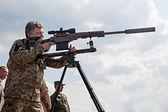 President of Ukraine Petro Poroshenko examined modern samples of — Stock Photo