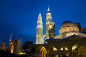 Klcc famous landmark in malaysia — Stock Photo
