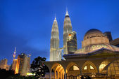 Klccklcc famous landmark in malaysia — Stock Photo