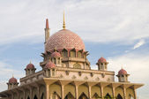 Putrajaya mosque,landmark of malaysia — Stock Photo