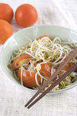 Chinese stir fried bean sprout with tomato — Stock Photo