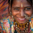 Portrait of a India Rajasthani woman — Foto de stock #14182105
