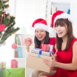 Asian friend lifestyle christmas photo — Stockfoto