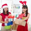 Asian friend lifestyle christmas photo — Foto de stock #14930965