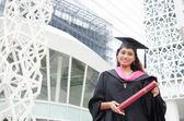 индийская женский выпускник — Стоковое фото