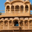 the beautiful haveli palace made of golden limestone in jaisalm — Stock Photo