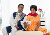 Indian family ,mother and son with traditional punjab — Stock Photo