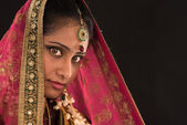 Young south Indian woman in traditional sari dress — Stock Photo