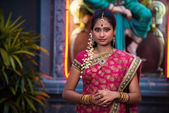 Traditional Young indian womanin the temple — Stock Photo